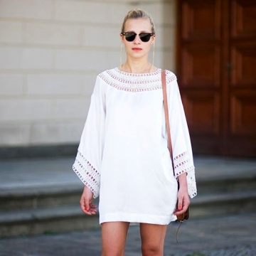 A dress for every occasion - minimalist looks with white dresses