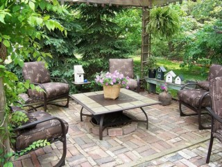 Make your garden the perfect place for a relaxing holiday