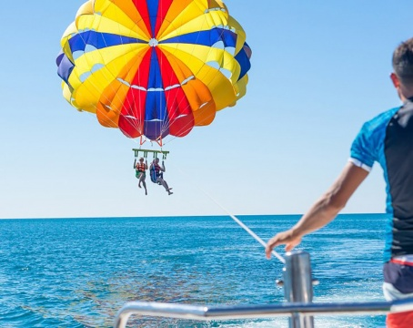 Top 10 Fun Water Activities to Cool You Off This Summer Picture